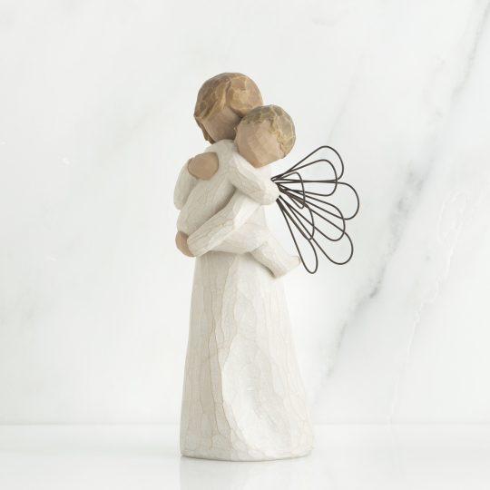Angel Embrace 26084_2 Willow Tree Beeldje